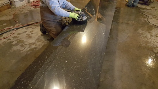Polishing a concrete countertop