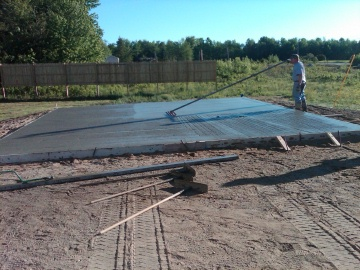 Pouring a concrete slab