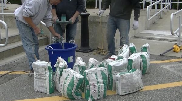 How many bags of concrete in a yard
