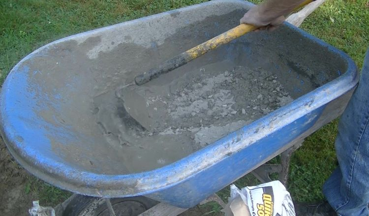 how to mix bags of concrete