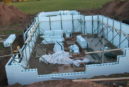 Icf homes learn about homes built using insulated for Foam block foundation prices