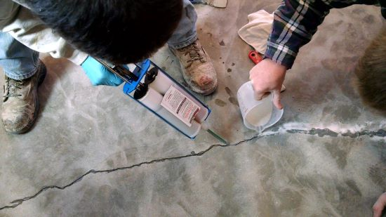 How to fix a crack in a concrete floor