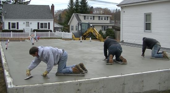 How to finish concrete smooth with a hand trowel
